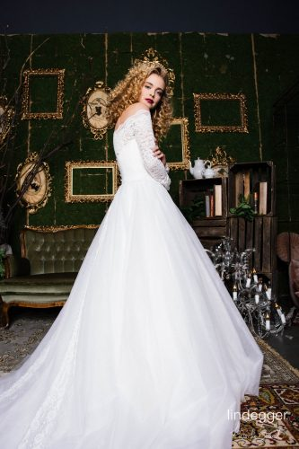 KuessdieBraut 2020 Fairytale Brautkleid Rotkaeppchen 3 bei Exquisit Wedding Dream Brautmode in Rheine
